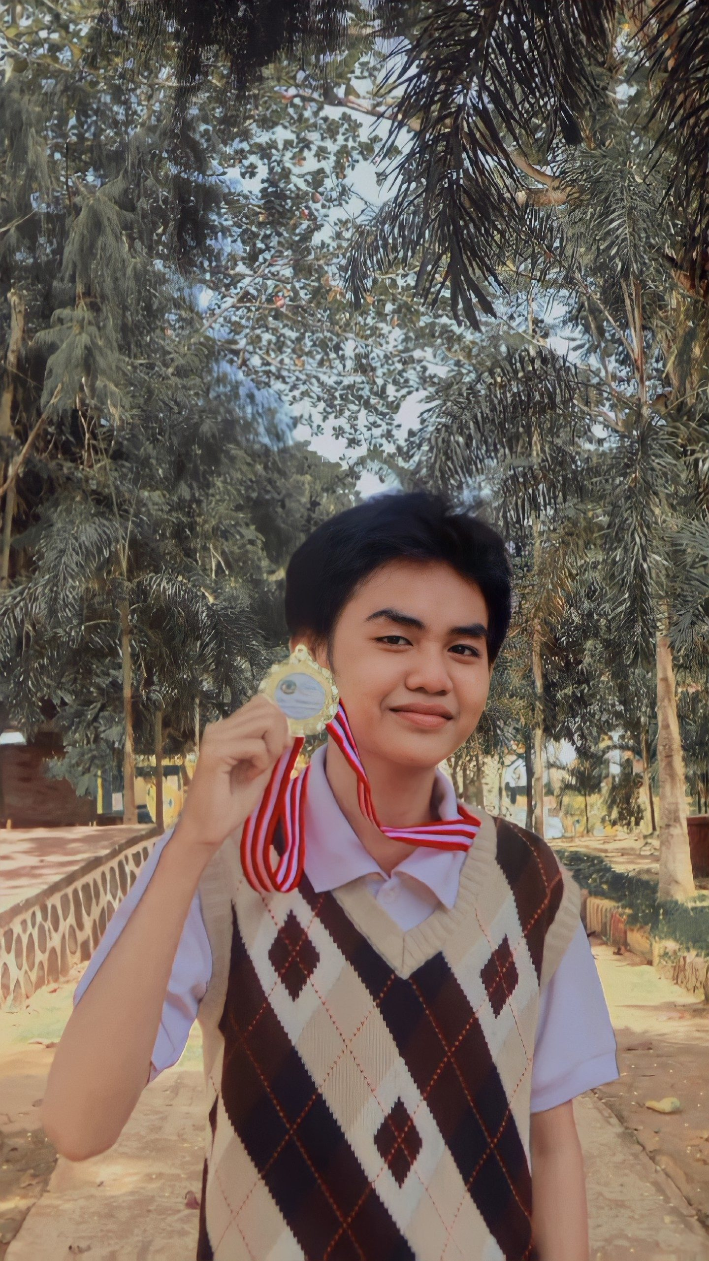 The 1 st Winner Of Advocation Campaign Contest For Senior High School